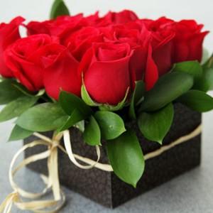 Caja-con-rosas-RO-14